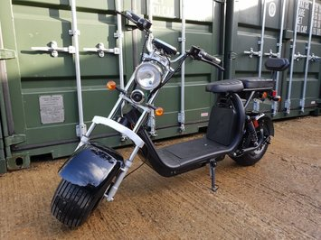 For Sale Electric scooter citycoco 2000W motor 20ah battery